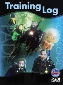 PADI Professional logbook for PADI Instructors, AI's and Divemasters product 70137