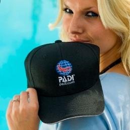 PADI Digital Underwater Photo hat black flexfit