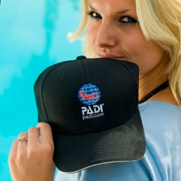 PADI Digital Underwater Photo hat black flexfit