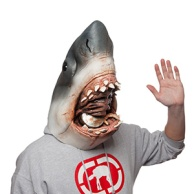 think-geek-jaws-mask